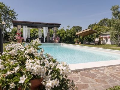 Photo for THE CASALE OF SARA, HOUSE WITH POOL AND A GREEN PARK WITH TUSCAN CYPRERS.