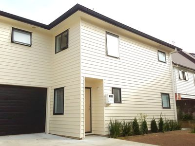 Photo for New Townhouse in Hamilton