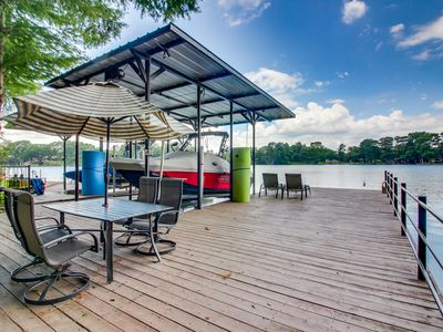 Photo for Waterfront home w/dock, putting green, patio, game room & views