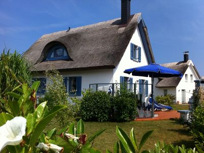 Photo for thatched roof house at the sea, pets welcome, fenced