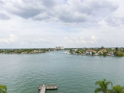 Photo for The Palms of Treasure Island 409, 2 Bedrooms, Bay Front, Pool, WiFi, Jetted Tub, Sleeps 6