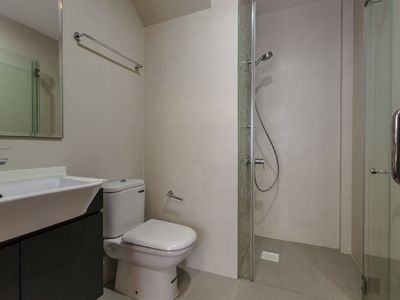 Photo for Amazing Spacious 2 Bedroom Apartment Unit @ Moonstone Near MRT MSL2
