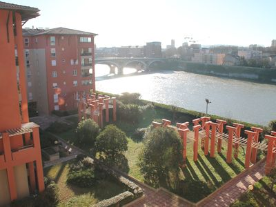 Photo for T4 Toulouse city center, overlooking Garonne.