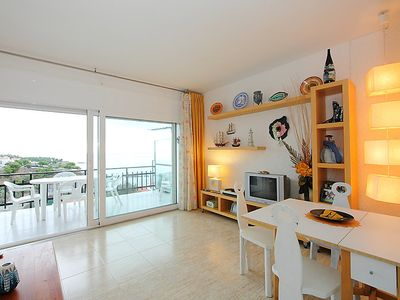 Photo for One bedroom Apartment, sleeps 4 in Llançà with Air Con