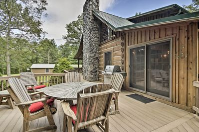 Gather with family & friends on the spacious BBQ deck.