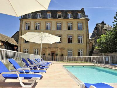 """Photo for 2 room apartment with swimming pool at """"Château Ricard"""" in Saint Geniez d'Olt"""