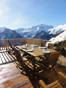 Photo for Large Charming Chalet 5 * - Domaine Alpe d'Huez - 12 people