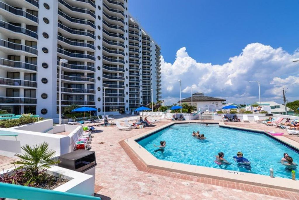 Awesome 11th Floor Beach Views At Surfside