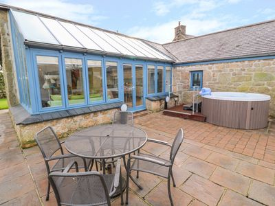 Photo for MEADOWSIDE, pet friendly, with hot tub in Mousehole, Ref 1001345