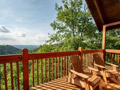 Photo for 10% BACK TO SCHOOL SPECIAL 7/6-8/30 Falcon Ridge VIEWS! Pool Table-WiFi-Hot Tub-10 min to Dollywood