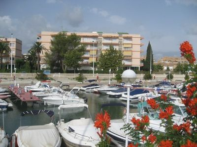 Photo for Apartment in Javea 500 m from the beach and restaurants / shops, ...