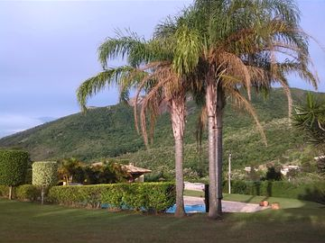 COUNTRY HOUSE. EXCELLENT LOCATION AND PRIVILEGED VIEW PEDRA GRANDE ATIBAIA