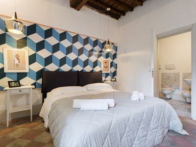 Photo for FIESOLANA 3 - In the Heart of Sant'Ambrogio - Apartment for 4 people in Florencia