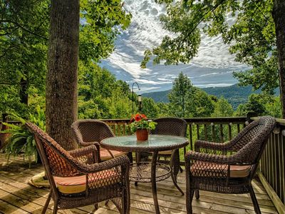 Photo for Tiger Pause; close to TIEC, mountain views & more!  Ultimate mountain relaxation; come unplug!