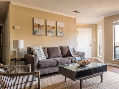 Photo for Centrally Located + Spacious 2BR   Uptown Access