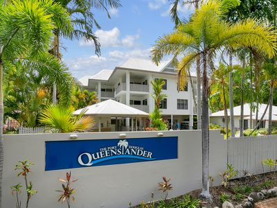 Photo for Seascape Holidays at The Queenslander Two Bedroom Deluxe Apartment