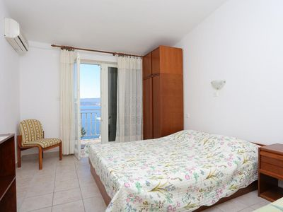 Photo for One bedroom apartment with balcony and sea view Lokva Rogoznica, Omiš (A-18211-d)