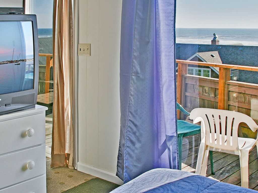 wa to beach cabins ocean vacation the rentals shores moclips washington from at in