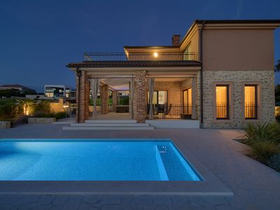 Photo for Wonderful and romantic holiday home  with private pool in Linardici, Island Krk, Croatia for 6 persons