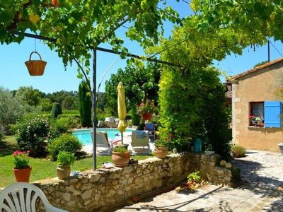 Photo for Pretty house with heated pool in Robion view on the Luberon 7 people