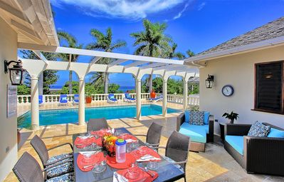 Photo for Pool, Free Cook & Housekeeper inc, Walk to Beach, 3 Beds, 3 Bdrms, (TRP178)