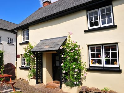 Photo for WESTGATE COTTAGE, family friendly in Lapford, Ref 949659