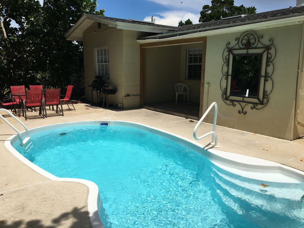 Bay Esplanade Pool Home 10 Off Any Jan Or Feb Dates That Are Still Open Clearwater Beach
