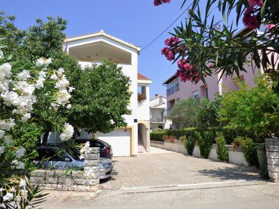 Photo for Apartments Jukić Apartment 1, 80 to the sea, 4 people, great choice for families