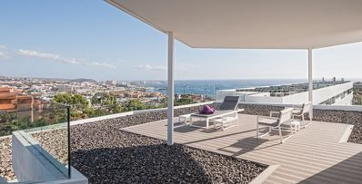 Photo for Penthouse Suite with a Private Pool and a Rooftop Jacuzzi! FREE Breakfast + Wi-Fi