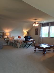Photo for 3rd Floor 1200SF Family Suite, Sleeps 8, w/ private ensuite bath, WinStar 15 min
