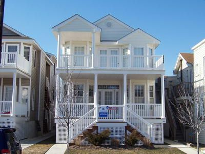 Large front porch to sit and relax. Close to the beach, boardwalk,shopping and restaurants. Beach tags for you to enjoy the beautiful beach. Features wireless internet, central air, 3 bedrooms and 2 baths.