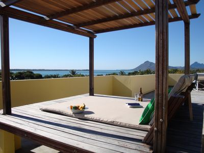 Photo for Studio 2 Ocean & Mountain views near world class beaches & natural highlights