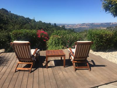 Relax and lounge in peace. Take in the views of the valley and vineyards below.