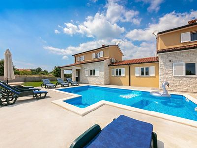Photo for Ideal for two families, with private pool, privacy, near Labin, beach 10 km