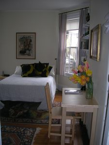 Photo for Studio w kitchenette in owner occupied Beacon Hill townhouse