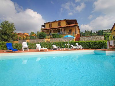 Photo for Apartment Parco Paone in Riparbella - 6 persons, 3 bedrooms