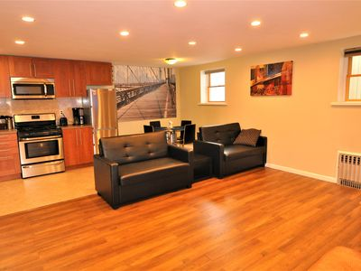 Photo for Beautiful 2 bedroom apartment with good location, 20 mins to downtown Manhattan
