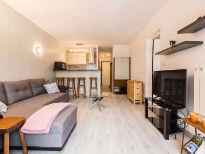 Photo for Beautiful apartment located 50 m from the slopes in Rochebrune, for 4 people