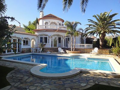 Photo for 5 bedroom Villa, sleeps 12 in l'Hospitalet de l'Infant with Pool, Air Con and WiFi