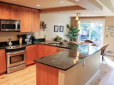 Photo for Fully furnished and remodeled tranquil setting in Kirkland.