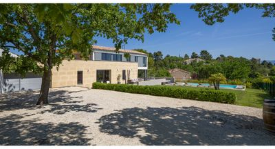 Photo for Contemporary architect house 4 bedrooms, 3 shower room, with heated pool