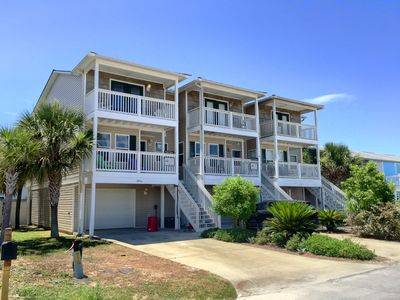 Photo for A Beach Retreat - 3 Bedroom / 3.5 Bath Gulf Side Townhome in Mexico Beach