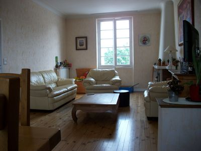 Photo for 3 bedroom townhouse with garden 1km from the historic center