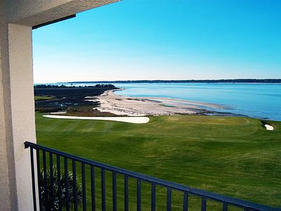 Photo for Fabulous villa overlooking 18th green at Harbour Town!