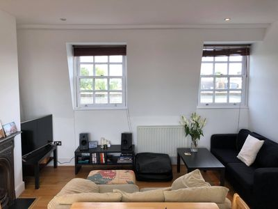 Photo for Stylist Flat Apartment Close to Clapham !