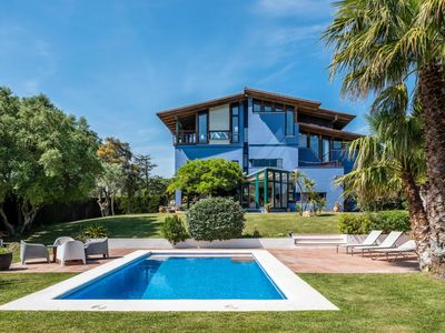 Photo for Luxury villa with pool and magnificent garden
