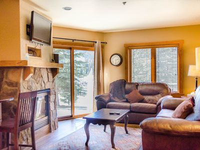 Photo for 2-Bedroom Condo, Private Patio, Slope Views, Walk to Gondola, Updated Kitchen