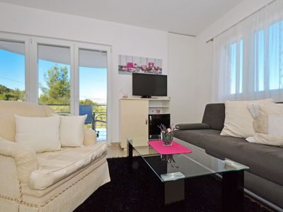 Photo for IGOR 1, bright one bedroom apartment for up to 4 persons, 150m from the beach