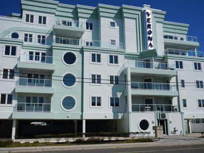 Photo for BEACH BLOCK, GORGEOUS 3 BEDROOM, 2 BATH UNIT WITH OCEAN VIEWS!