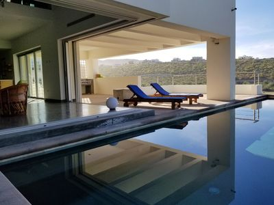 Photo for Modern, Quiet, Centrally Located 3 Bdrm View Home In La Paz